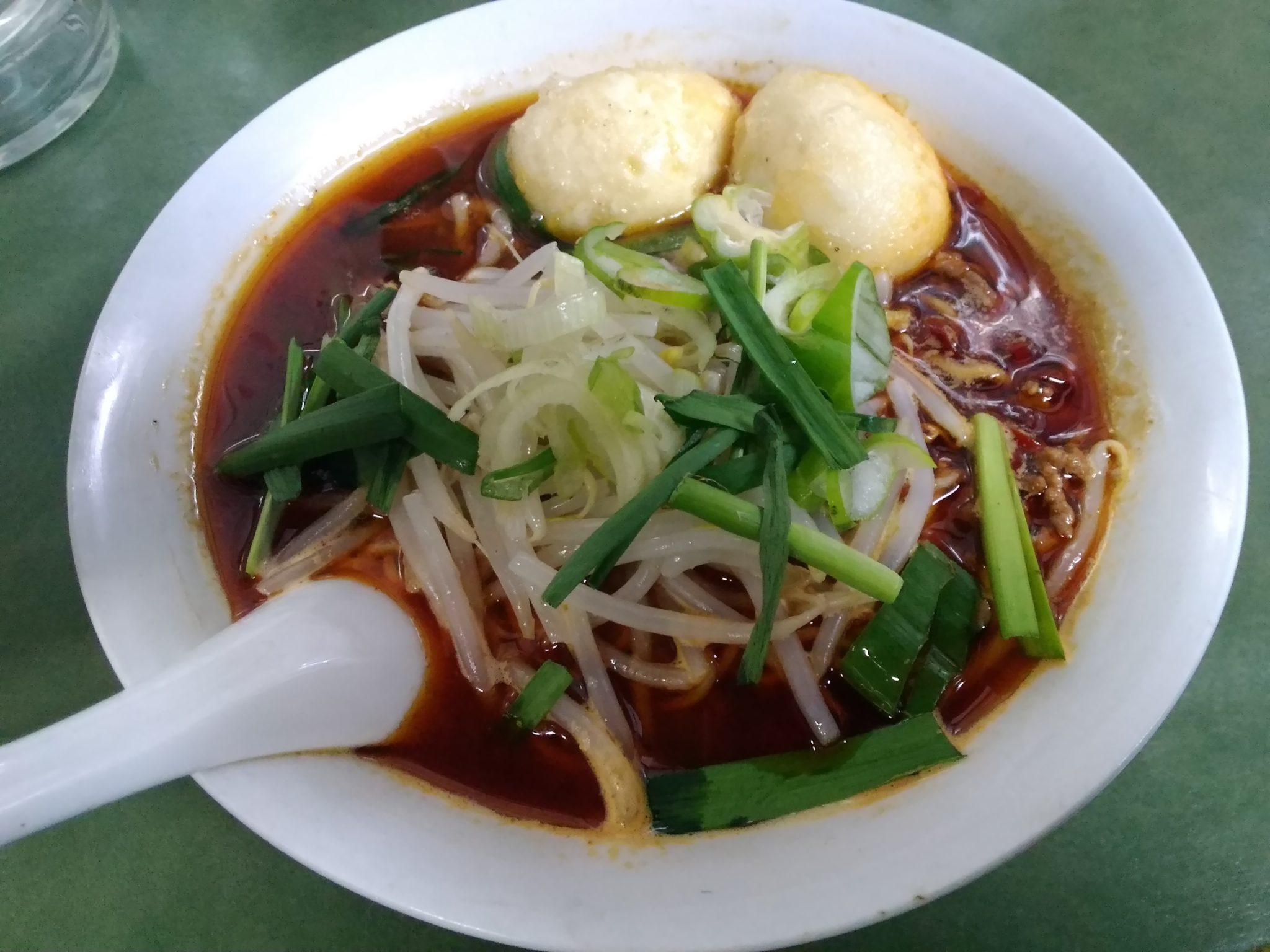 台湾ラーメン揚げ卵
